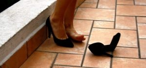 best-shoes-for-heel-pain
