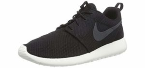 Nike Men's Roshe One - Best Walking Shoes for Sweaty Feet
