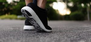 overpronation walking shoes