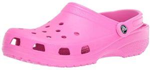 Crocs Women's Classic - Shoe for Water Parks