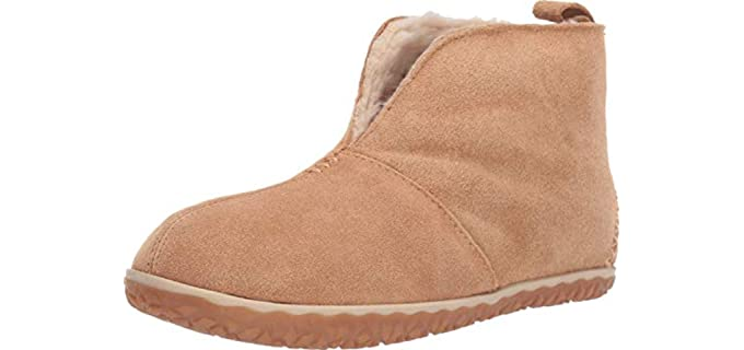 Minnetonka Women's Tucson - Lined Bootie Slippers with Rubber Sole