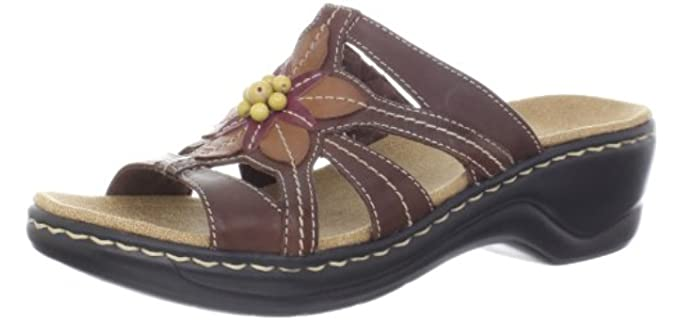 Clarks Women's Lexi Myrtle - Comfortable Flatform Sandal for Work