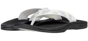 Olukai Women's Ohana - Best Flip Flops for Sweaty Feet