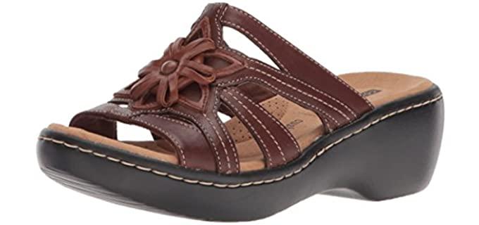 Clarks Women's Delana Venna - Comfortable Flatform Sandal for Work